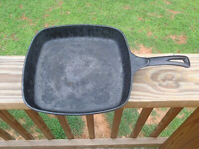 Vintage Seasoned WAGNER WARE Cast Iron Square Handled SKILLET FRY PAN 1218 E NR