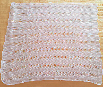 VINTAGE 1970's-80's HAND KNITTED, LACY WHITE BABY / REBORN DOLL'S BLANKET