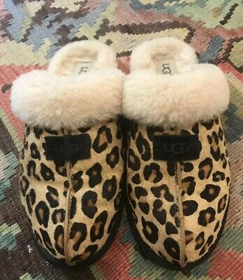 a2d9a798b79 HARD TO FIND! Ugg Australia Dae Sunshine Perf Bailey Bow Chestnut ...