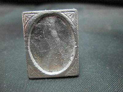 Dollhouse Miniature Unfinished Metal Table Frame #4