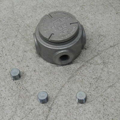 Crouse-Hinds GUR1 Feraloy Iron Alloy Universal Round Base Outlet Box GUR