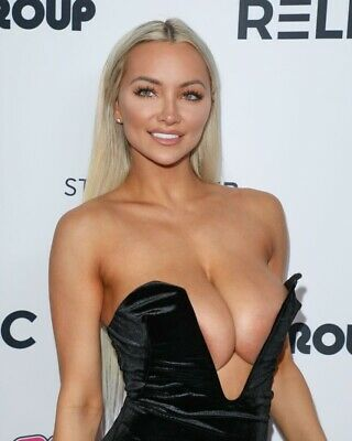 Lindsey Pelas 8 x 10 / 8x10 GLOSSY Photo Picture