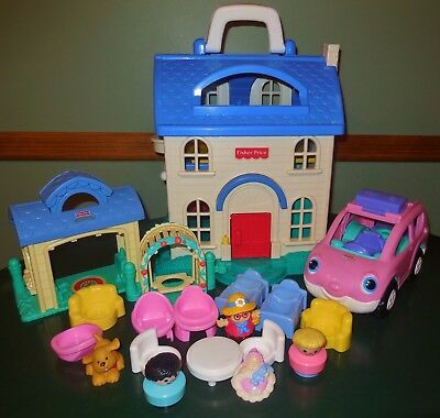 Fisher Price Little Chunky People First Preschool Dollhouse Dog House Car Lot