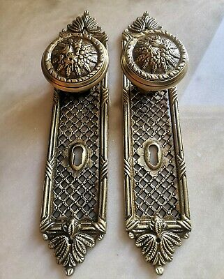 1 Pair ANTIQUE BRASS DOOR KNOBS - Pulls  HANDLES - VICTORIAN Era - French style