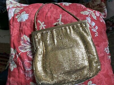 VINTAGE 1950s 60s CHAIN MAIL METAL MESH GOLD BAG Rhinestone Clasp Evening