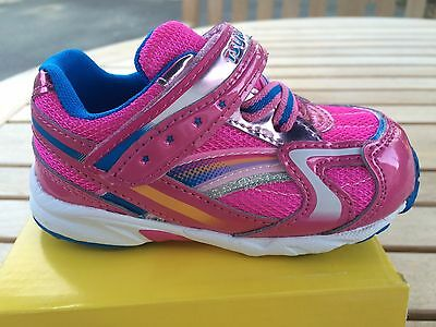 Sneakers Non-Tie  Fuchsia/Light Blue  SOFT Sneakers Little Girls Size 6 1/2 M