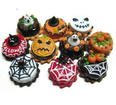 Set of 10 Mini Halloween Cakes Dollhouse Miniatures Food Bakery 1.50 cm
