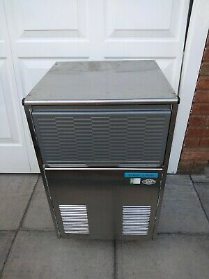 Commercial stainless ice making machine(Model ML4A) Reduced starting price