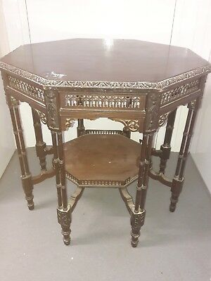 Georgian/Victorian Thomas Chippendale Style Clustered Leg Occasional Table.