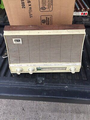 MID CENTURY ARVIN AM/FM TABLETOP TRANSISTOR RADIO WORKING  38R18 Avocado