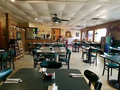 Great Family Restaurant - Quaint Southern Town On Very  Busy Highway