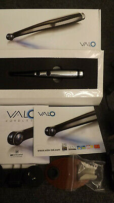 BLACK Ultradent Valo Cordless LED Dental Curing Light VERY Little Use !!