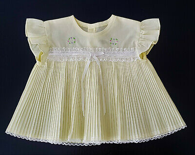 Adorable Pleated Baby Girl's Dress, Vintage 1980'S - Size 00 - Excellent Cond