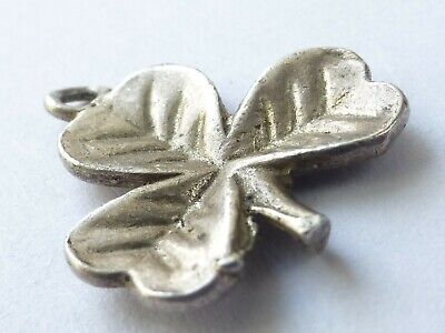 Vintage 925 Solid Sterling Silver Lucky Charm 3 Leaf Clover Irish 0.7g c403