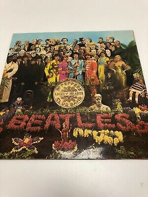 The Beatles Sgt. Peppers Lonely Hearts Club Band LP