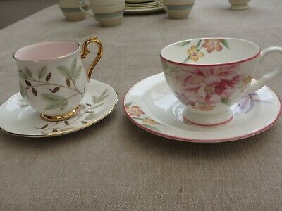 2 pretty Royal Albert bone china cups/saucers Ophelia 1983 /Braemar England