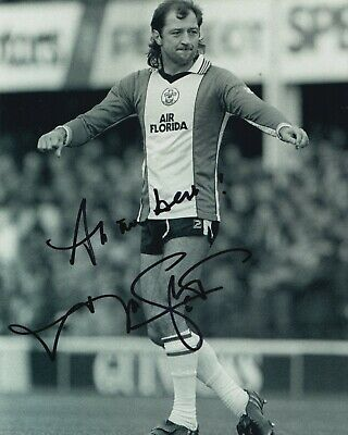 Frank Worthington Hand Signed 10x8 Photo - Southampton Autograph.