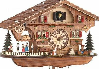 Chalet cuckoo clock with quartz movement and music (with moving dancers), 476 ..