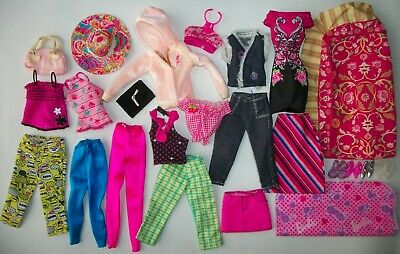 BARBIE DOLL YOGA EXERCISE LOT MAT BALL WATER DREAMHOUSE  MODEL FASHION ROYALTY