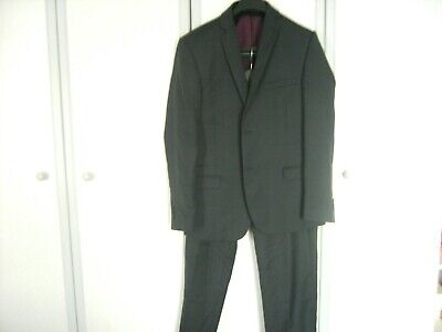 Ted Baker Endurance Mens Suit- used - size 40 chest & 34 waist