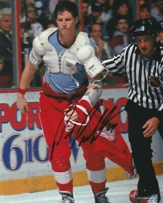 BOB PROBERT SIGNED DETROIT RED WINGS 8x10 PHOTO! Autograph