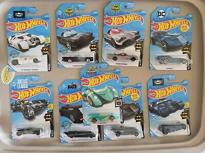 Hot Wheels 2019 BATMOBILE SERIES Complete set of 5 with TH - variations + Scooby