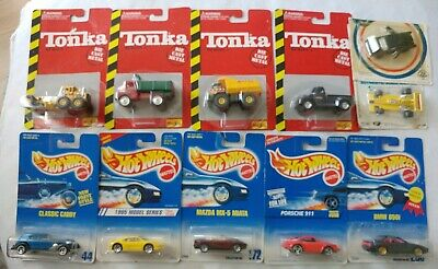 Hot wheels, Maisto Tonka Diecast and 2 other brands. Random Set Of 11 Vehicles.