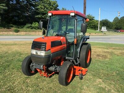 KUBOTA M9000 TRACTOR 4x4 Loader-Delivery @ $1 85 per loaded