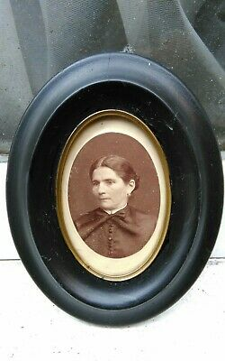 """1900 EBIONISED BLACK MINIATURE SILHOUETTE PICTURE OVAL FRAME 4 1/4""""W x 5 1/2""""D"""