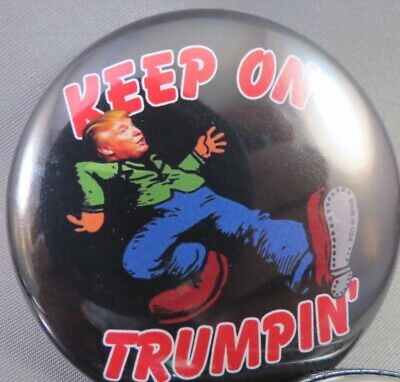 WHOLESALE LOT OF 22 KEEP ON TRUMPIN' DONALD TRUMP FOR PRESIDENT BUTTONS 2020 pin