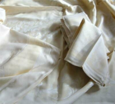 Vintage Yellow White Satin Damask Tablecloth and Napkins Acanthus Leaf 115 x 56