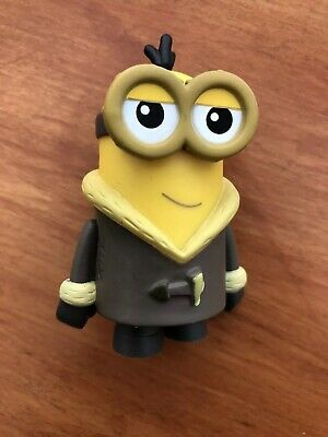 Funko MYSTERY MINIS Despicable Me Minions  BORED SILLY KEVIN Sherpa Jacket 1/12