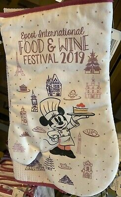 2019 EPCOT International Food And Wine Festival Kitchen Minnie Oven Mitt & Towel