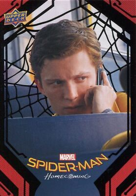 Spiderman Homecoming Black Foil [49] Base Card #40 Happy Checks In