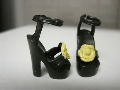 BARBIE DOLL CLOTHES//SHOES *MATTEL HIGH HEELS  *NEW* #635