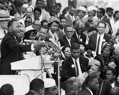 Martin Luther King Iconic Civil Rights Leader Rally 8X10 Photo