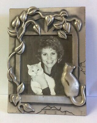 Seagull? PEWTER Cat in Ivy Covered Window Picture Photo Frame