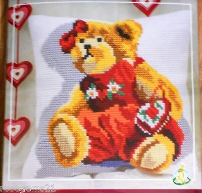 TEDDY BEAR - TAPESTRY/NEEDLEPOINT KIT for CUSHION from Collection D'Art (New)