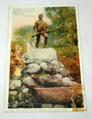VTG POST CARD ~ STATUE OF CAPTAIN PARKER, LEXINGTON, MASS 3R a