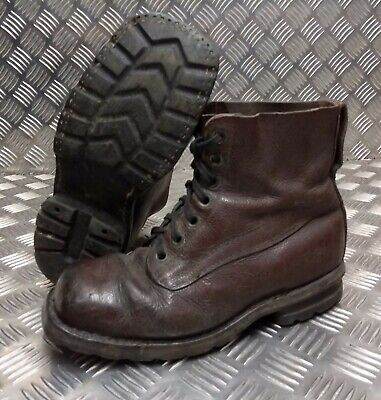 Genuine Vintage Leather WWII Style 70/80s Brown 7 Hole leather Sole Boots Eur 39