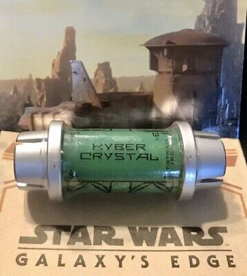 Star Wars: Galaxy's Edge GREEN Kyber Crystal Disney Unopened Sealed Brand NEW