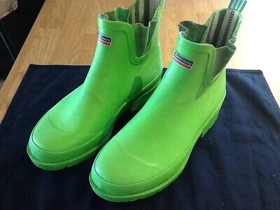 LADIES WELLIES SIZE 6 Town And Country In Bright Green  Bargain
