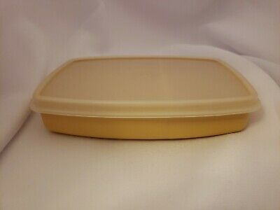 Vintage Tupperware Slim Packette Divided Lunch Container Almond 813 with Lid