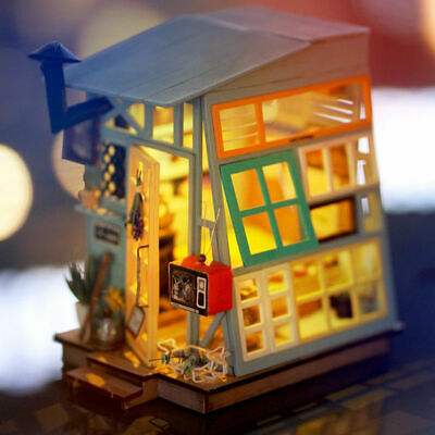 Wooden Doll House Kits LED Handcrafted Model Kits 1:24 Gift for Girls Women