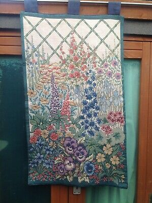 STUNNING NEW FLORAL TAPESTRY,COLOURFUL COUNTRY COTTAGE LOOK,3 TABS LARGE,51x87cm