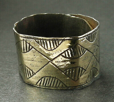 Superb large genuine ancient Viking bronze ring - wearable