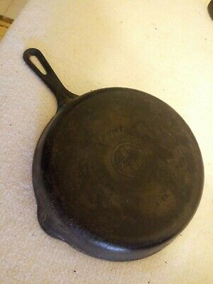 ANTIQUE GRISWOLD ERIE No. 7 CAST IRON SKILLET NON HEAT RING Vintage Cookware