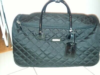 Vera Bradley Black Quilted Carry On/ Travel Wheeled  Luggage-Guc!