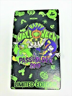 New! Disney Parks Happy Halloween 2019 Annual Passholder Mickey Disneyland Pin