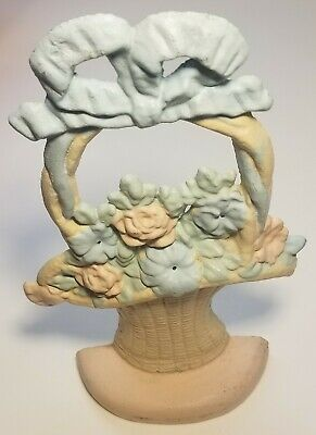 "11"" Hubley Door Stop Flowers in a Straw Basket with Blue Bow 5.7lb, Cast Iron"
